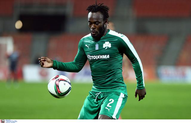 Essien-ball-fly